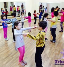 cusuri_de_dans_copii_triumph_dance_academy