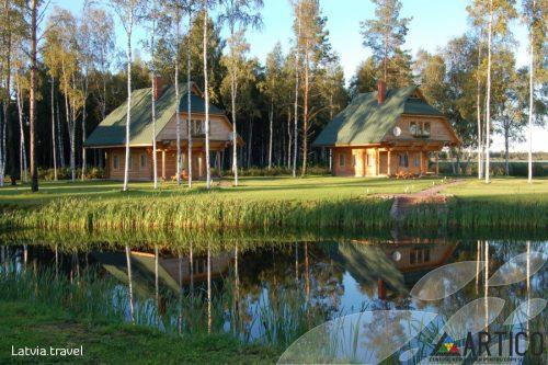 """Participarea echipei de la Centrul Republican pentru Copii și Tineret """"Artico"""" în cadrul proiectului Erasmus Plus desfășurat în Letonia"""